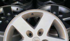 Jeep JK Factory wheels (5)